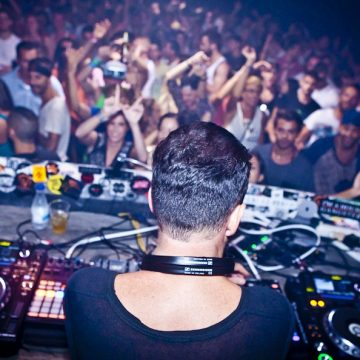 Livre VIVA guerreiros Ibiza Envie fora Venues